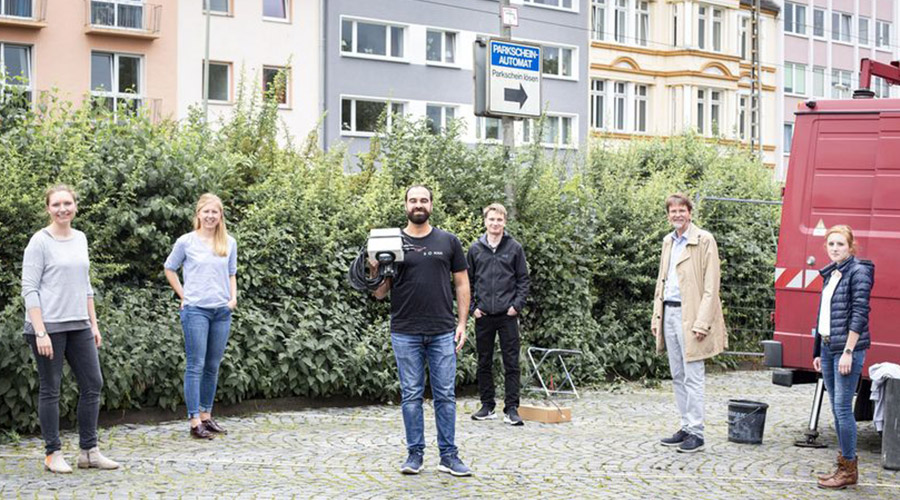 "Zur Kategorie: Projekt ""IoT Parkraummanagement"". Bildmotiv: Mitwirkende des Projekts IoT Parkraummanagement."